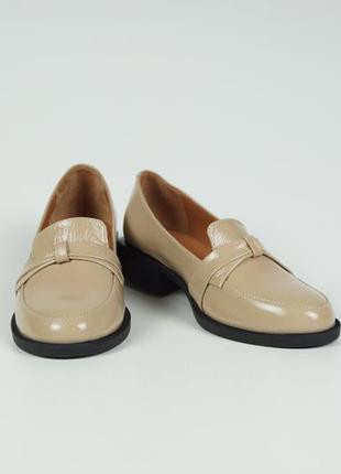 Жіночі туфлі лофери mad steven