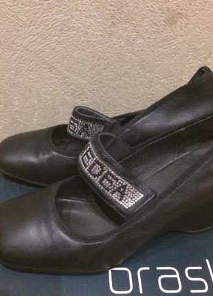 Фабричные кожаные туфли1