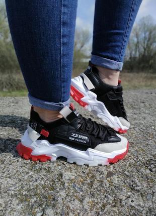 Стильні жіночі кросівки !!! р-ри 36-41повномірні