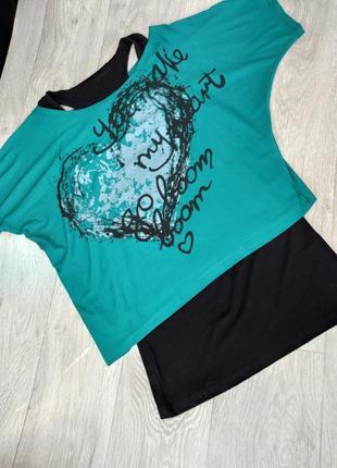 Модная укороченная женская футболка кроп топ оверсайз с удлиненной майкой 2-ка