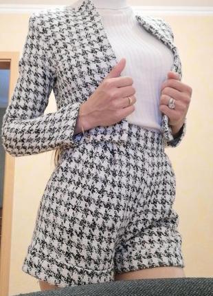 Твидовый трендовый костюм