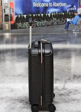 Яскраві валізи, чемоданы прочные по доступным ценам3 фото