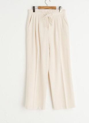 Стильные брюки из англии olive