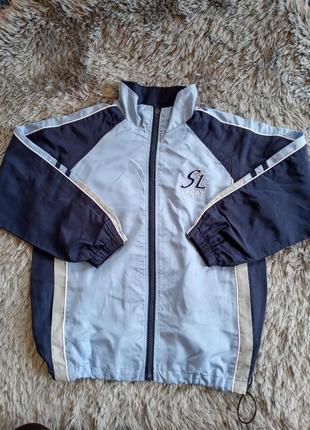 Спортивна куртка, вітровка