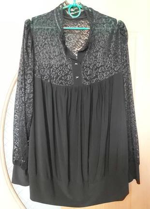 Блуза очень нарядная. размер 62