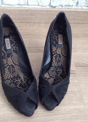 Шикарные туфли zara