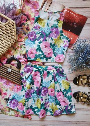 Летний цветочный костюм топ и юбка с пионами