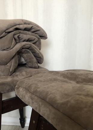 Чехли подушки на табуретки,с мебельной ткани цена за 1 шт