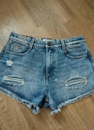 Брендовые джинсовые шорты рваные с потертостями высокая талия