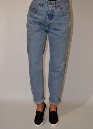 Джинсы бойфренды высокая посадка,момсы, ,мом джинсы mustang.