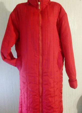 Пальто демисезонное, стеганное. синтепон+флисовая подкладка+трикотажная отделка. раз.54-56