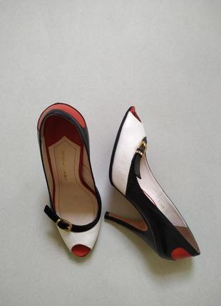 Стильные туфли из натуральной кожи
