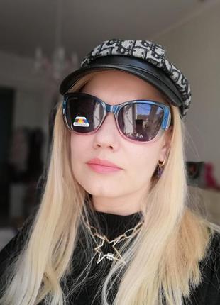 Трендовые двухцветные солнцезащитные женские очки с поляризацией