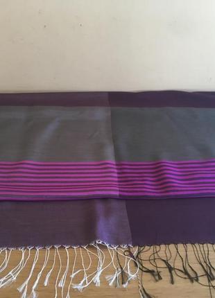 Эффектный шёлковый шарф. италия
