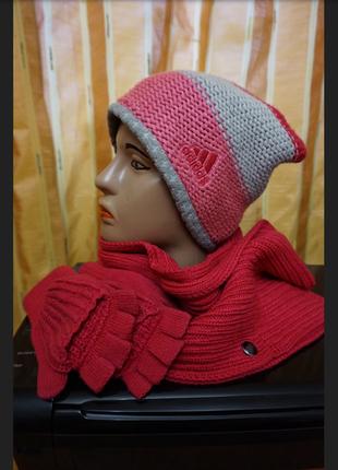 Набор adidas :шапка шарф варежки