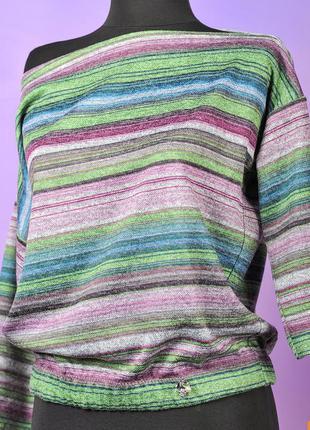 Стильный яркий  свитер, джемпер кофта
