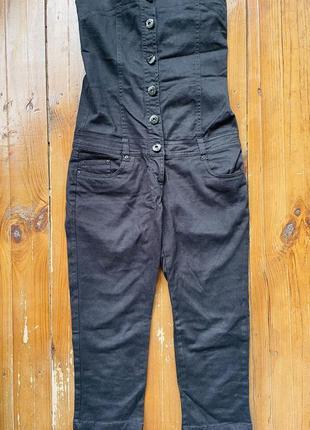 Женский чёрный джинсовый комбинезон