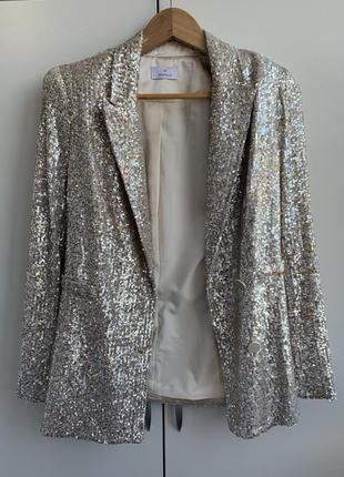 Пиджак с пайетками motivi