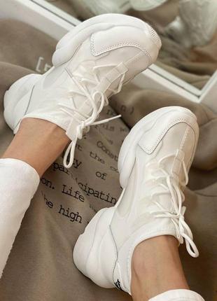 Кроссовки 130 белые кросівки білі