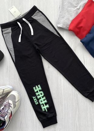 Черные подростковые спортивные штаны для мальчика piazza italia италия