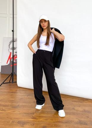 Широкие прямые брюки из легкой ткани высокая талия