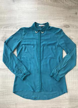 Лёгкая блуза с красивым воротничком