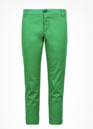 Брюки зелёные стильные