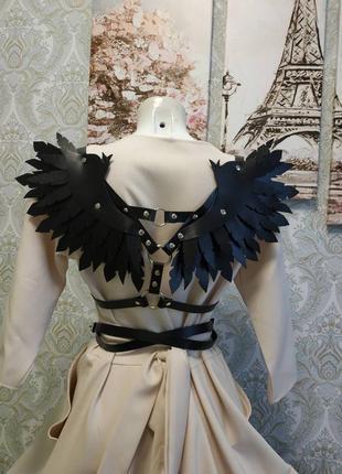 Крылья из натуральной кожи