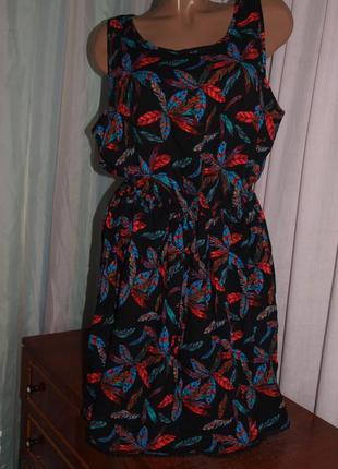 Красочное платье (л) по талии утяжка, с узором, шикарно смотрится5 фото