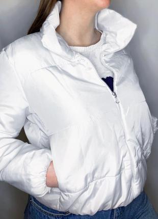 Белая курточка2 фото