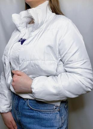 Белая курточка3 фото