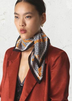 Фирменный шелковый шарф платок шёлк цепи горох beck sondergaard