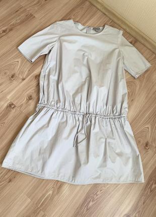 Платье cos очень красивое