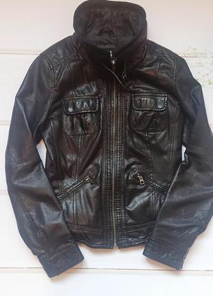 Курточка bershka натуральная кожа2 фото