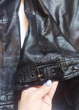 Курточка bershka натуральная кожа10 фото