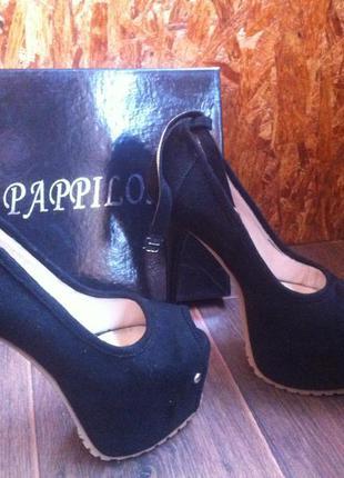 Супер туфли на высоком каблуке!