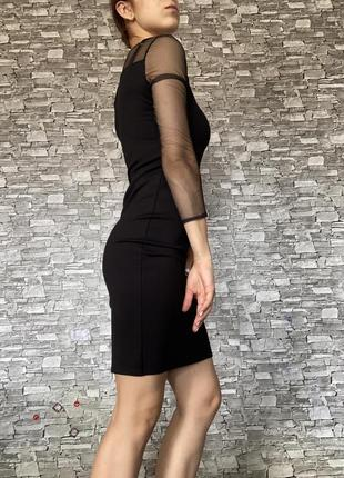 Черное платье резинка с рукавами сетка