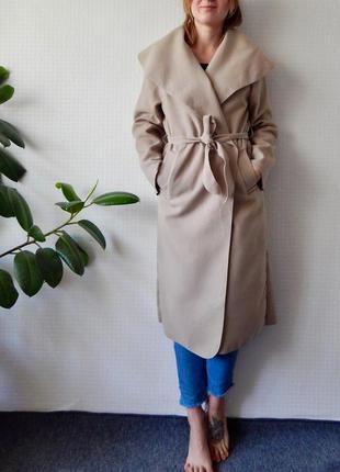 Шикарное, новое пальто с бирками !