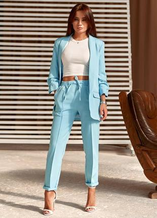 Классический костюм-двойка из брюк и пиджака 10864
