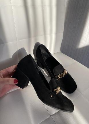 Трендовые туфли с цепочкой с цепью1 фото