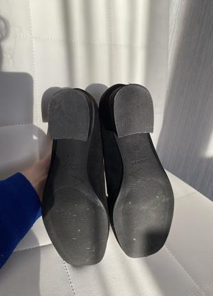Трендовые туфли с цепочкой с цепью5 фото
