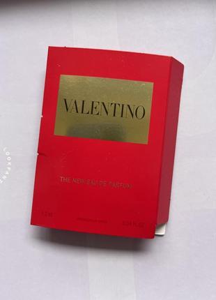 Valentino/voce viva/парфуми/пробник/елітна парфумерія