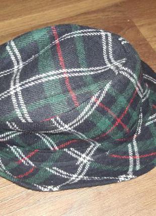 Симпатичная шляпка pull and bear