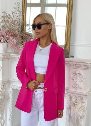 Яркий льняной пиджак