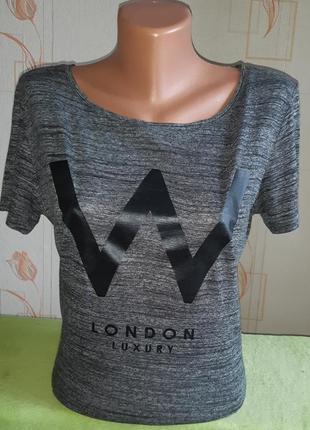 Модная футболка divided by h&m с ярким принтом made in bulgaria