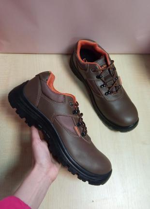 Робоче взуття з металевим носком  beta tools 7235-b