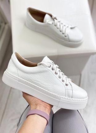 Белые кеды, кроссовки из натуральной кожи на платформе