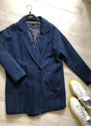Классный джинсовый пиджак синий жакет pull & bear