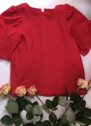 Яркая красная блуза sisley 😍