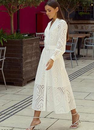 Белое хлопковое платье из прошвы